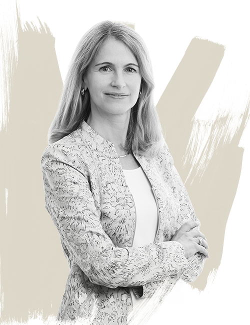 Suellen Ravanas JLL Chief Financial Officer Americas